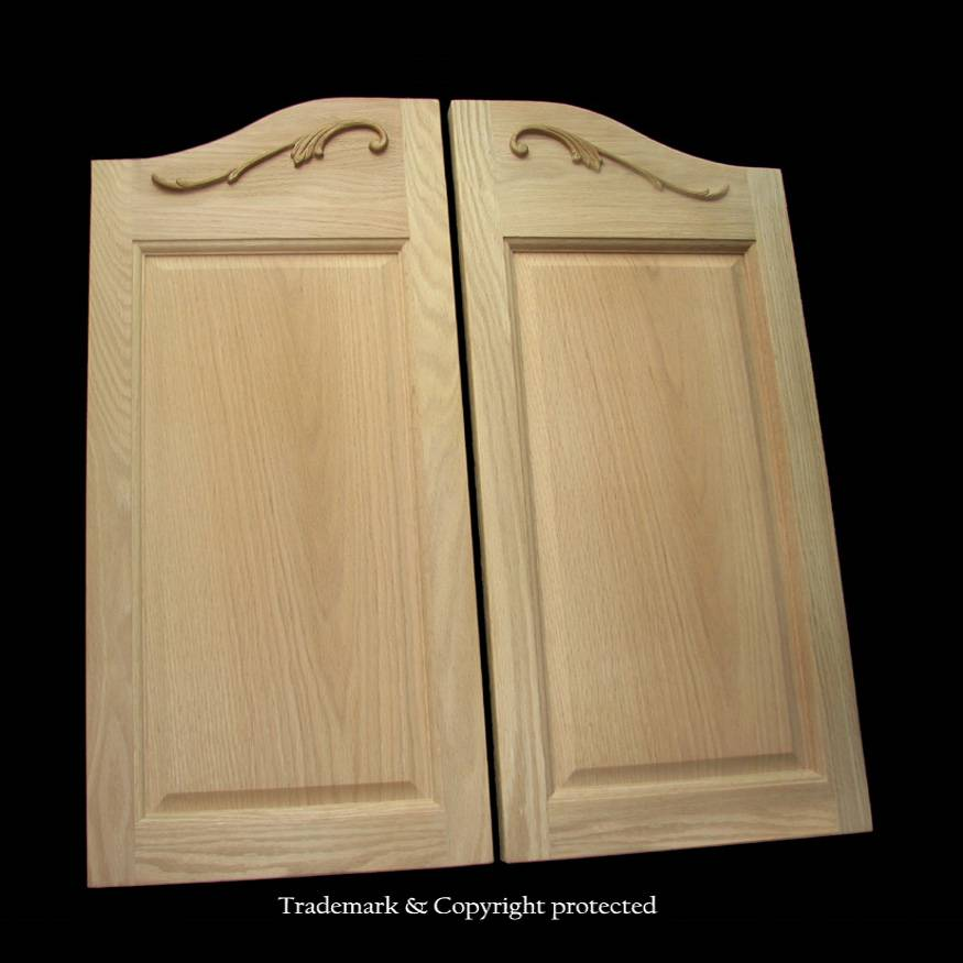 Oak Cafe Doors Raised Panelled 2/8 Scroll 32